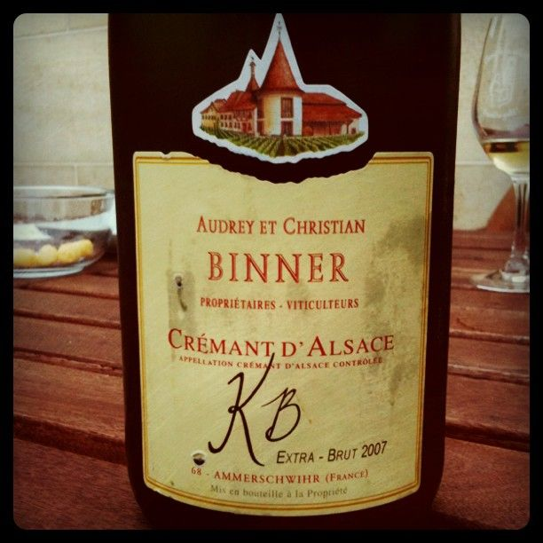 Un crémant d'Alsace de chez Binner/ Natural Wine from Binner. Just perfect.