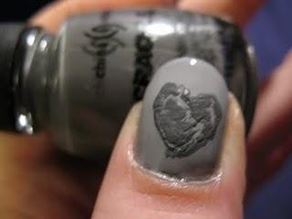 Crackle Nail Art Gray Heart: Makeup Nails, Crackle Nails, Good Ideas, Fab Fingernails, Nail Art Ideas, Funky Nails, Delightful Digits, Diy Nails