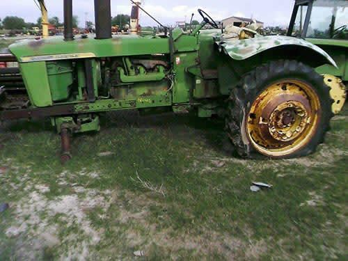 John Deere 4520 tractor salvaged for used parts. Call 877-530-4430 http://www.TractorPartsASAP.com