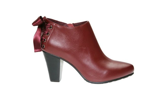 #TheOutstanding TagYourShoes #PiaHaugseth  Buy it in www.viagalleria.no ----> Corso Como #Shoes #Fashion #Norway