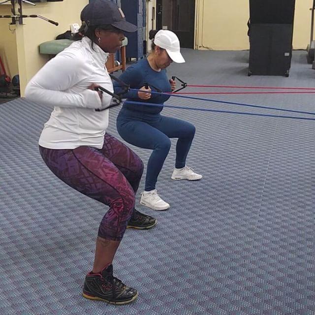 🚣#Rows #BackWork #StrongWomen @ms_amy510 💪💯#Fitness #Exercise #StayStrong #StayFocused #StayActive #StayHumble #StayFit #RJ2fit #BuildingCommunity #HolisticApproach #Mind #Body #Spirit #Oakland #BayArea #Cali #NYC #Jerz #UK #JA 👊💪💣🔥💯✔