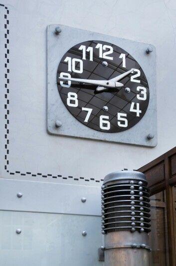 Trend Vienna Saving Bank Otto Wagner