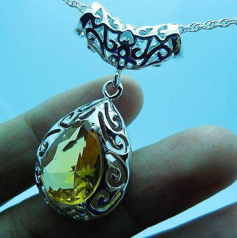 Livraison gratuite gros traiter avec des bijoux de mode personnalisé une étonnante 100% saphir naturel 5 12.0 CT pendentif(China (Mainland))