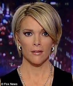 fox news anchor megyn kelly went live friday night with her new hairdo