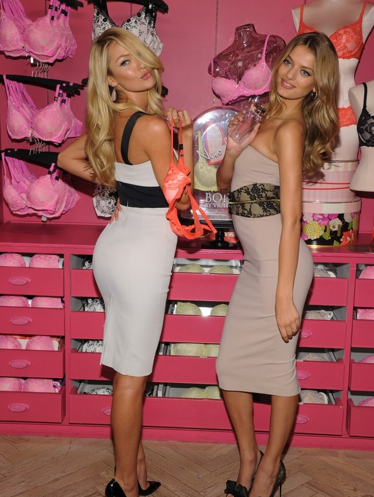 PHOTOS: Victoria's Secret Angels Candice Swanepoel and Bregje Heinen celebrated the new collection today at the Victoria's Secret Store in SoHo with fans and customers. | EventsNetwork