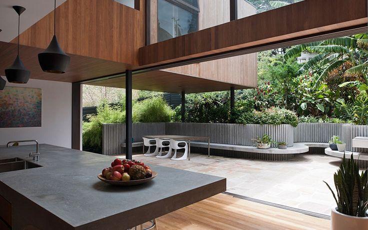 Flipped House - MCK Architects