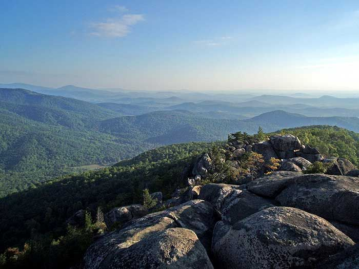 ✓ Old Rag Mountain, Shenandoah National Park (8.8 miles, elevation gain: 2600 ft. – views and challenging rock scrambling)