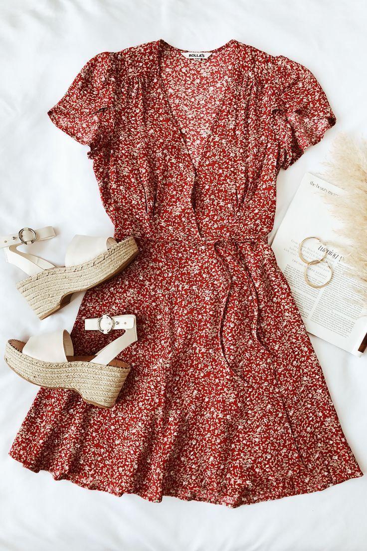 Dancer Red Floral Print Short Sleeve Wrap Dress