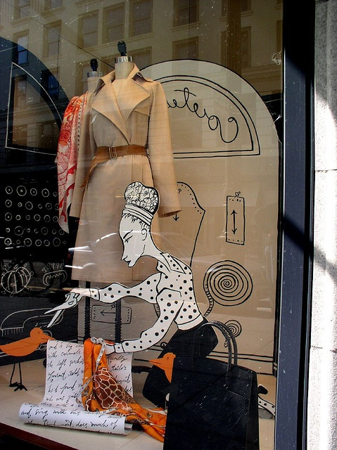 Costurera Window Display. #whimsical #retail #merchandising #windowdisplay #illustrated