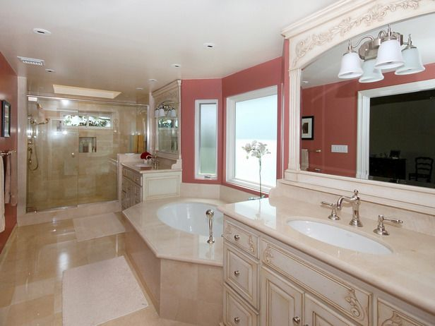 Traditional Bathrooms from Eileen Gould : Designers' Portfolio 82 : Home & Garden Television: Bathroom Design, Pink Bathrooms, Pink Colors, Paintings Colors, Adorable Adorable Bathrooms, Bathroom Ideas, Traditional Bathroom, Bathroom Layout, Design Bathroom