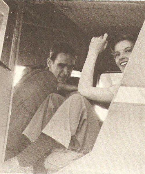 Howard Hughes and Katharine Hepburn. I can't tell you how much I love this photo. Xxxx