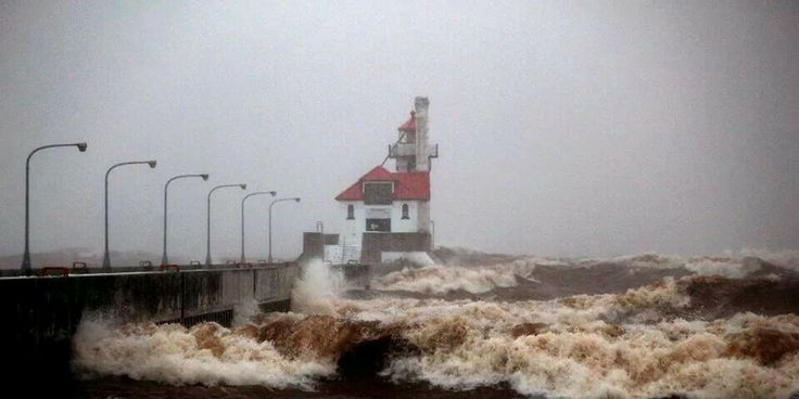 Duluth, MN Pikes Peak @ Lake Superior with 41 mph winds 12/4/13 this photographer got very wet!  ♡ Minnesota ♡