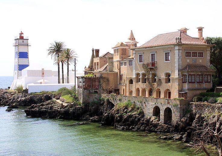 Cascais - Farol Casa Santa Maria  Desde los 19 enamorada de esta cala, este faro y este pedaaazo de casa!