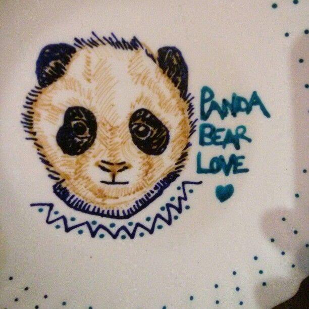 Rotuladores para cerámica... Panda bear en plato!!!  Sígueme en fcbk! /littleno