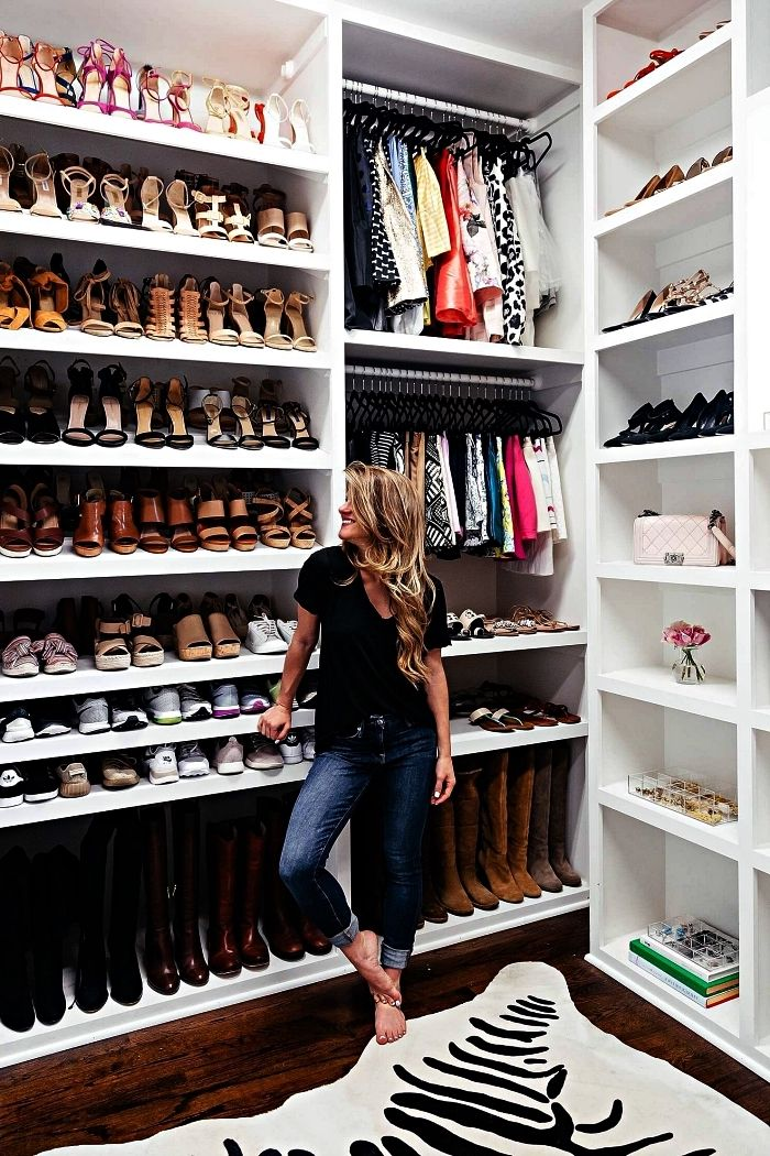 1001 Idees Pour Amenager Un Dressing A Chaussures Meuble Chaussure Etagere Chaussures Rangement Chaussures