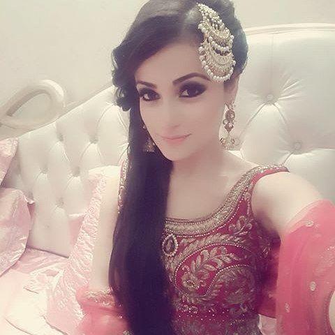 Stunning @radhikamadan