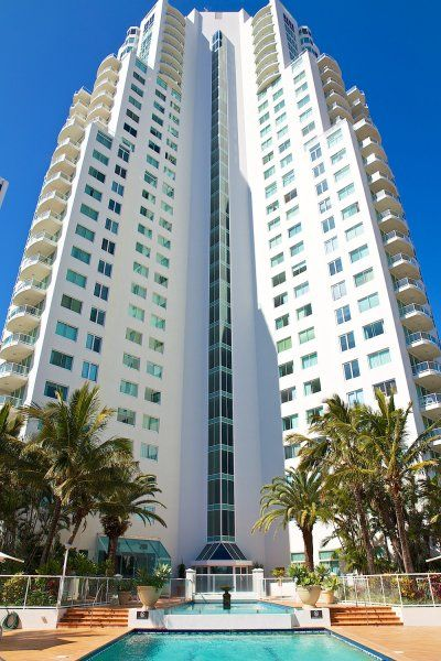Carmel By The Sea - The Apartment - Penthouse Accommodation Gold Coast