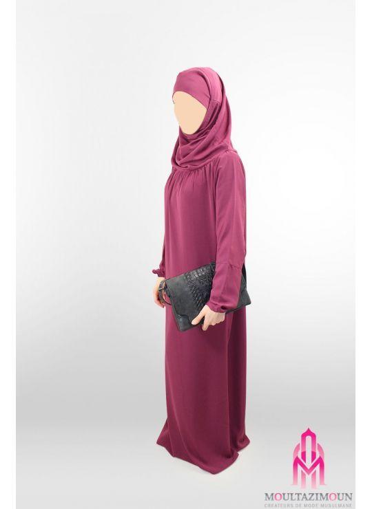 une combinaison de abaya e jilbab!