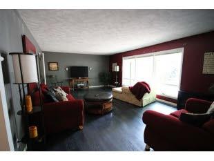23474 Forest Ln Elkhart In 46516 Black Laminate Flooringreal Estate