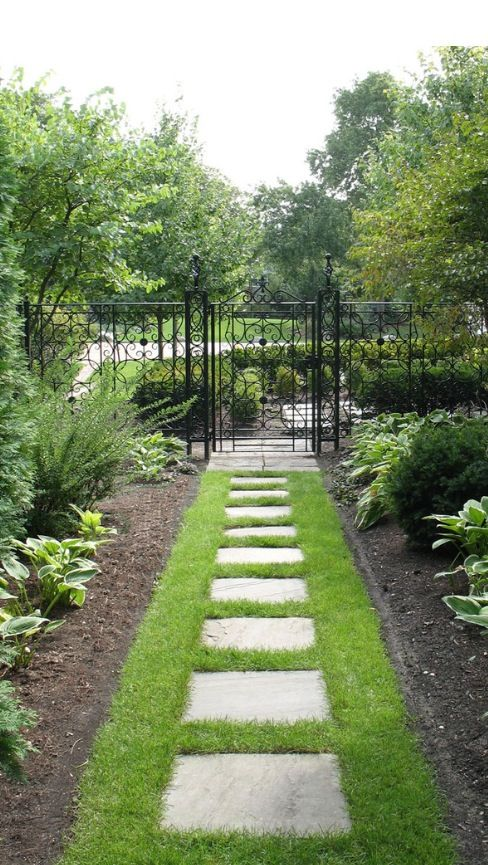 Pin by traci gillies on gardening borders beds and for Narrow flower bed ideas