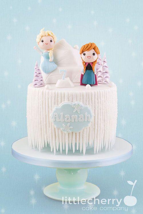 Torta di Frozen con decorazioni in pasta di zucchero n.79