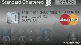 Uusi turvakeino: Puhelin kertoo, käytätkö itse luottokorttiasi - Tekniikka&Talous