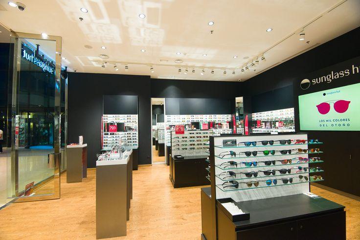 Nueva tienda Sunglass Hut en el centro comercial The Style Outlet ubicado en Culleredo, A Coruña.