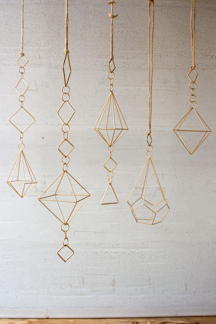 gold wire geometic ornaments