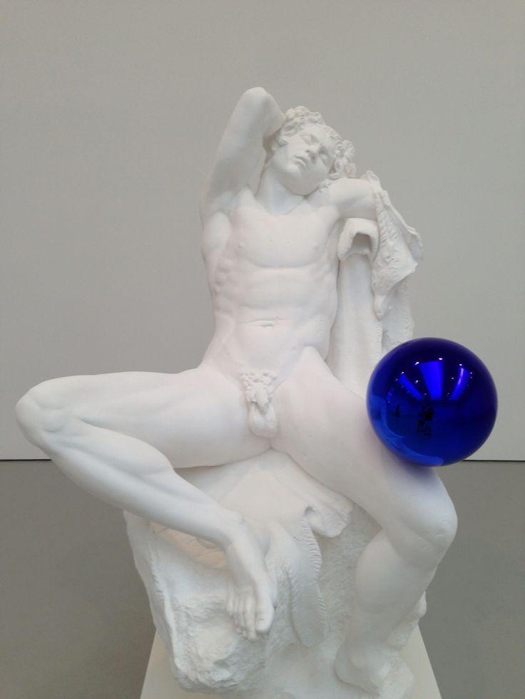 Jeff Koons in Chelsea. #jeffkoons http://www.widewalls.ch/artist/jeff-koons/