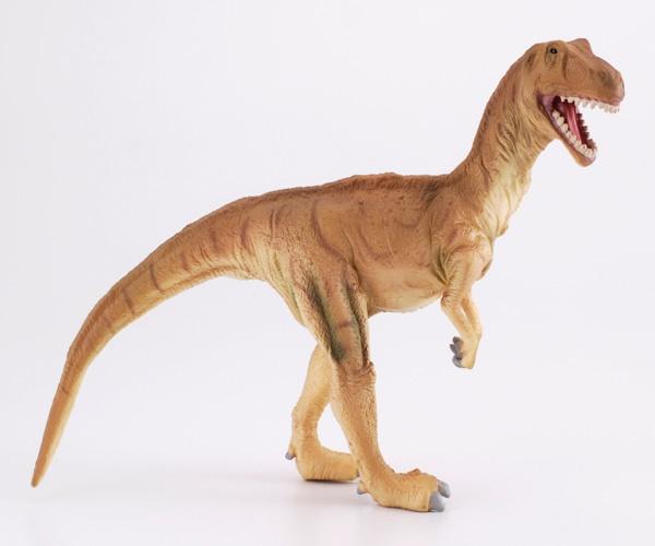 """Eustreptospondylus - El Eustreptospondylus era un dinosaurio carnívoro que tenía una cola delgada. Su nombre significa """"Vértebra bien curvada"""". Alto: 8 cm Largo: 16 cm Figuras de gran calidad y detalle, parecen de verdad! Edad: a partir de 3 años Marca: Collecta Ref. 30200 Precio: 8.00 € IVA incluido"""