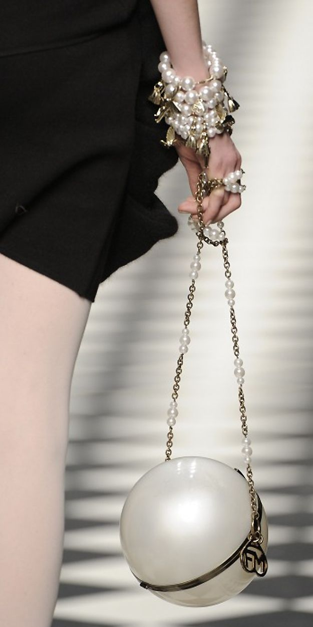 """Frankie Morello ~ Colette Le Mason @}-,-;---What could be better than a giant """"pearl"""" purse?"""