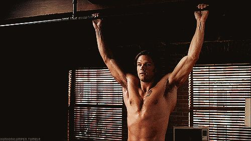 [GIF] Ummm, what was I saying....... Hahaha, I was SO distracted by how hot he is, I pinned it to the wrong board before I noticed it!!