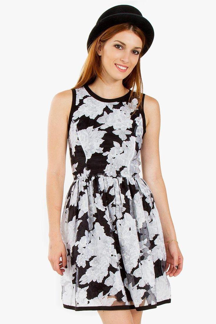 Sugar Lips - PETAL PRESS DRESS Rent & Buy & Sell Fashion #myuniversalcloset #dress #fashion #love #dressrental #summerdress #cocktaildress #party #style