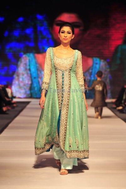 traditional pakistani dress 2013