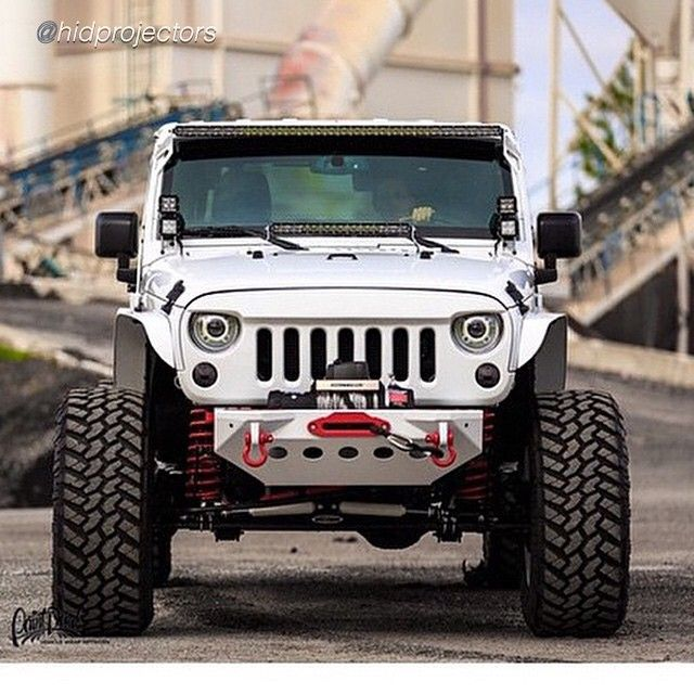 Clean jeep
