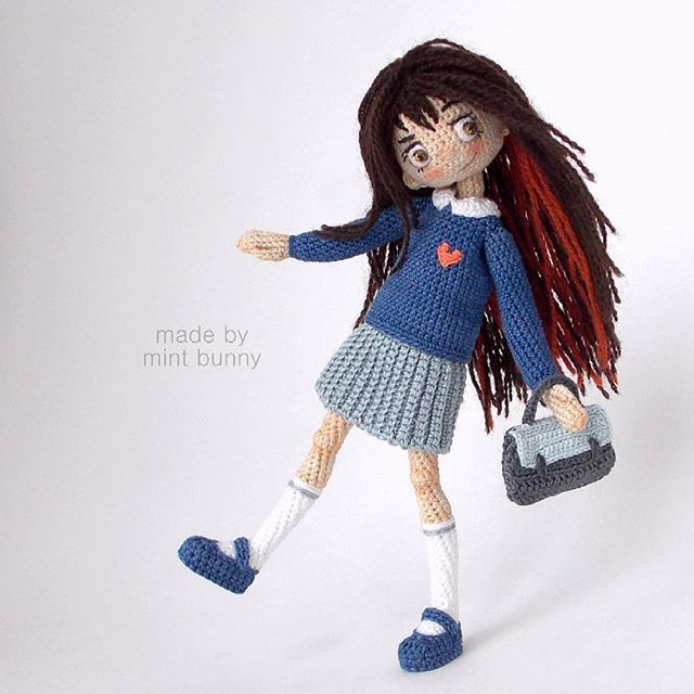 Amigurumi school girl doll by Mint bunny. (Inspiration).