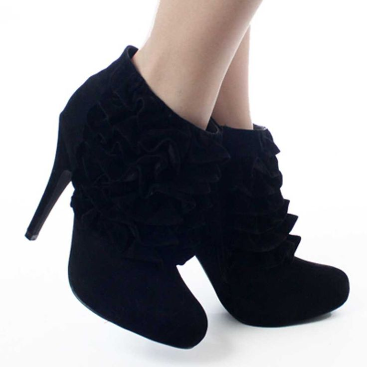 The 25  best Ladies black ankle boots ideas on Pinterest | Ladies ...