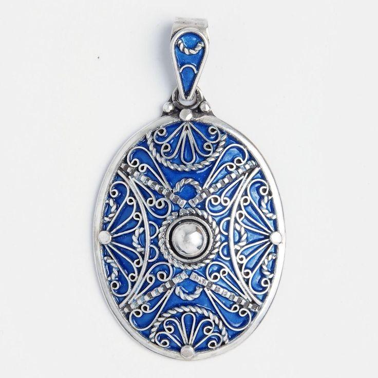 Pandantiv oval Zagora, argint și email albastru, Maroc #metaphora #morocco #silverjewellery #silverjewelry #pendant  #enamel