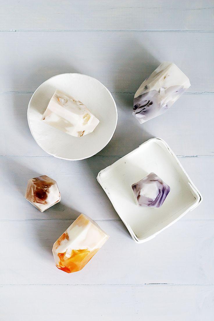 #DIY: precious stone #soaps #gemstone #make #craft #gifts #holidays #mom #wedding #favor #quartz