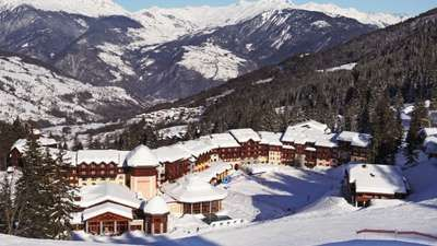 All Inclusive Ski Resorts & Family Ski Vacation Packages l Club Med