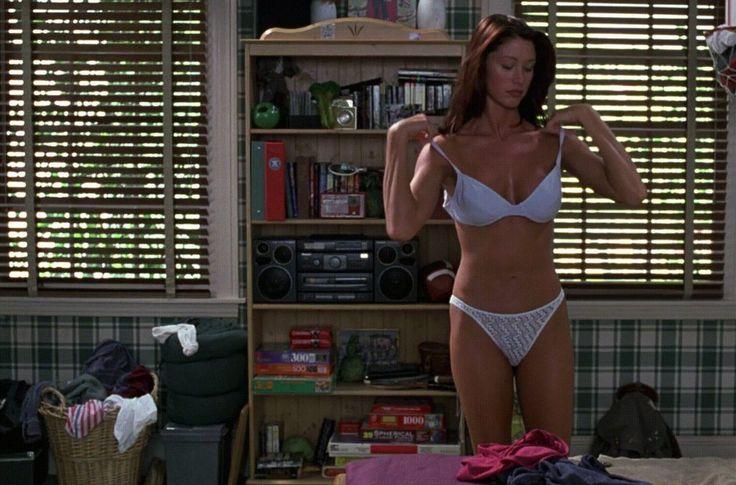 [NSFW} Shannon Elizabeth- American Pie (1999)