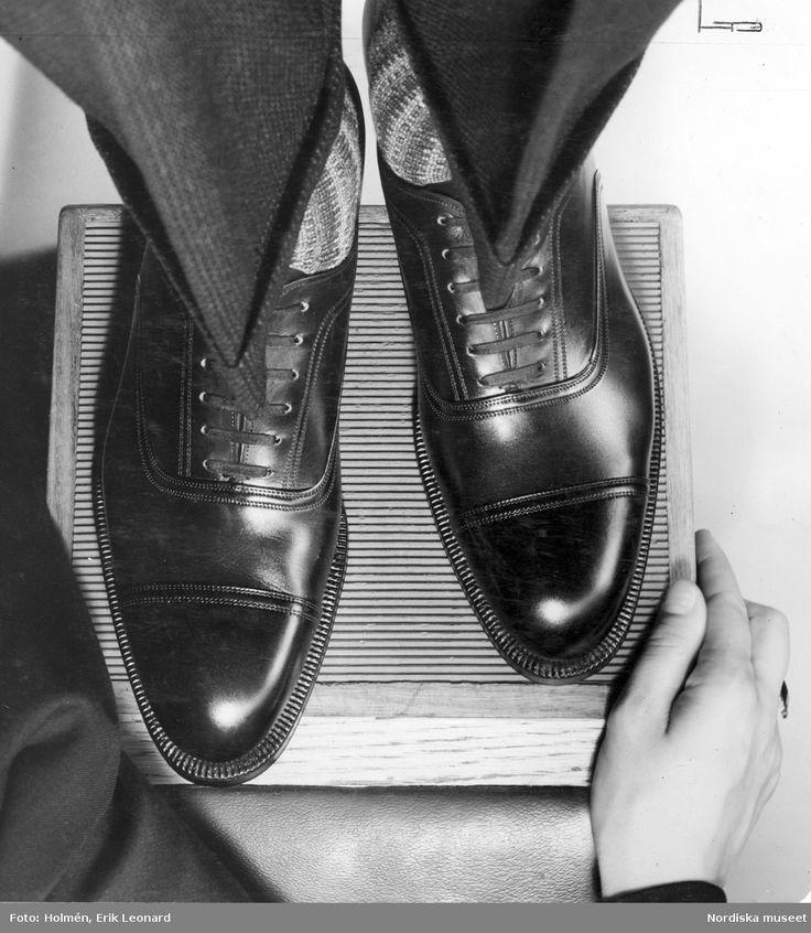 Ett par Oxfordskor. Fotograf: Erik Holmén, ca 1930-1939