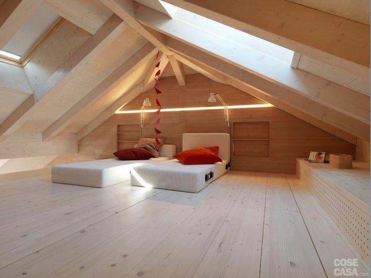 Pi di 25 fantastiche idee su case di montagna su for Piani casa economica da costruire
