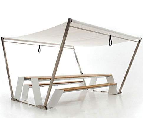 Great idea - A Folding Picknick table with Canopy