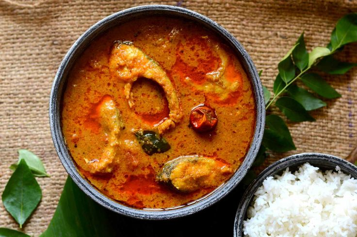 Make this delicious Chettinad Sura meen Kuzhambu shark fish curry from South Indian cuisine with hot and spicy Chettinad spices. Serve with steamed rice and kachumbar salad for a weekend special meal. Recipe by Shaheen. #WeekendSpecialMeal   http://ift.tt/2g5X7Lz #Vegetarian #Recipes