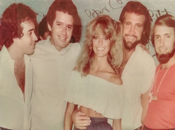 "ohhellno: ""A pic of Farrah Fawcett #LeeMajors found on a wall at Resort Mundo Imperial Acapulco. Nice pic! """