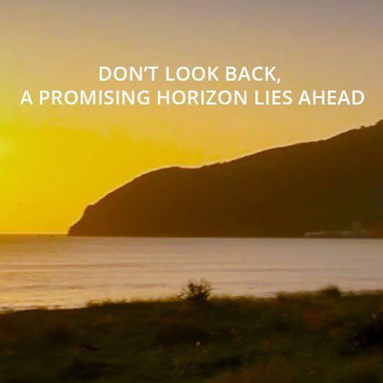 Don't look back, a beautiful horizon lies ahead. Listen to the song and watch the corresponding video on http://www.nataschahagen.com/videos/#run #Run #newbeginning #inspirational #motivational #dontlookback #followyourheart #NataschaHagen #InspirationalMusic #music #Natascha #Hagen #song #soul