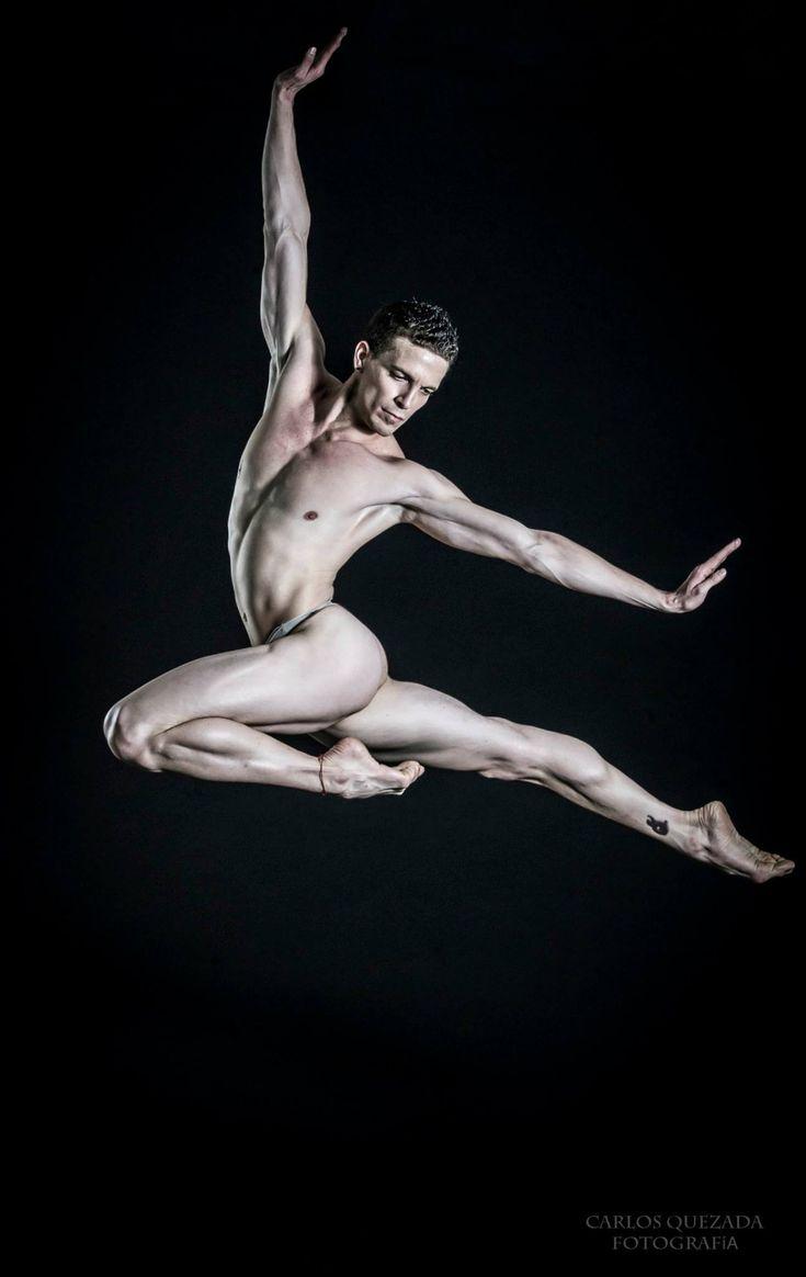 girl-puck-nude-male-ballet-dancers