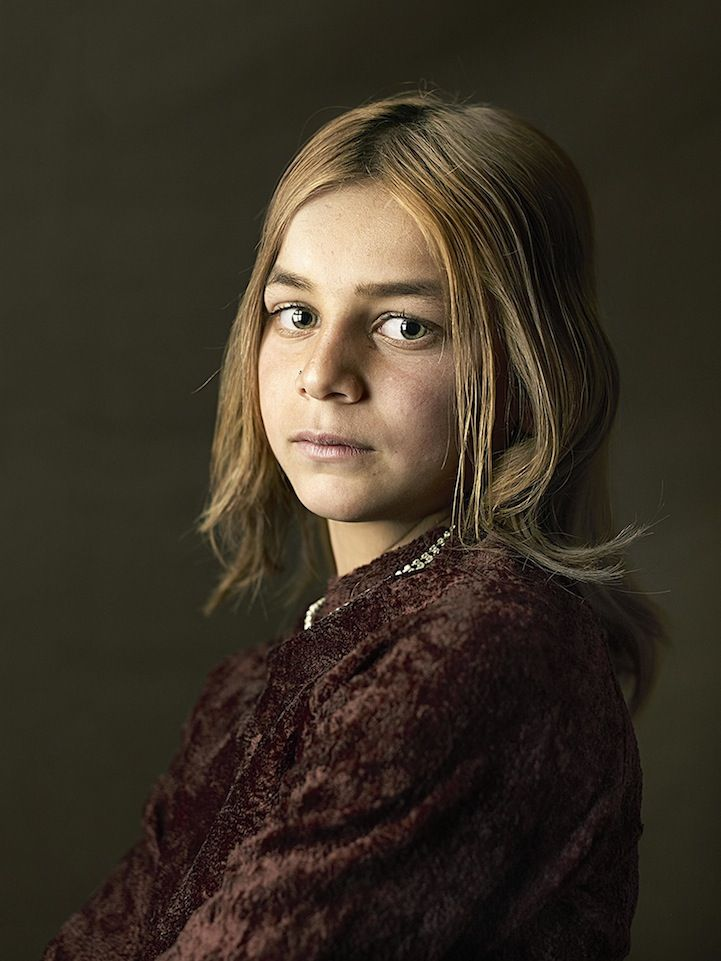 Intimate Portraits of Gypsies Recreated in the Style of the Old Masters - My Modern Met