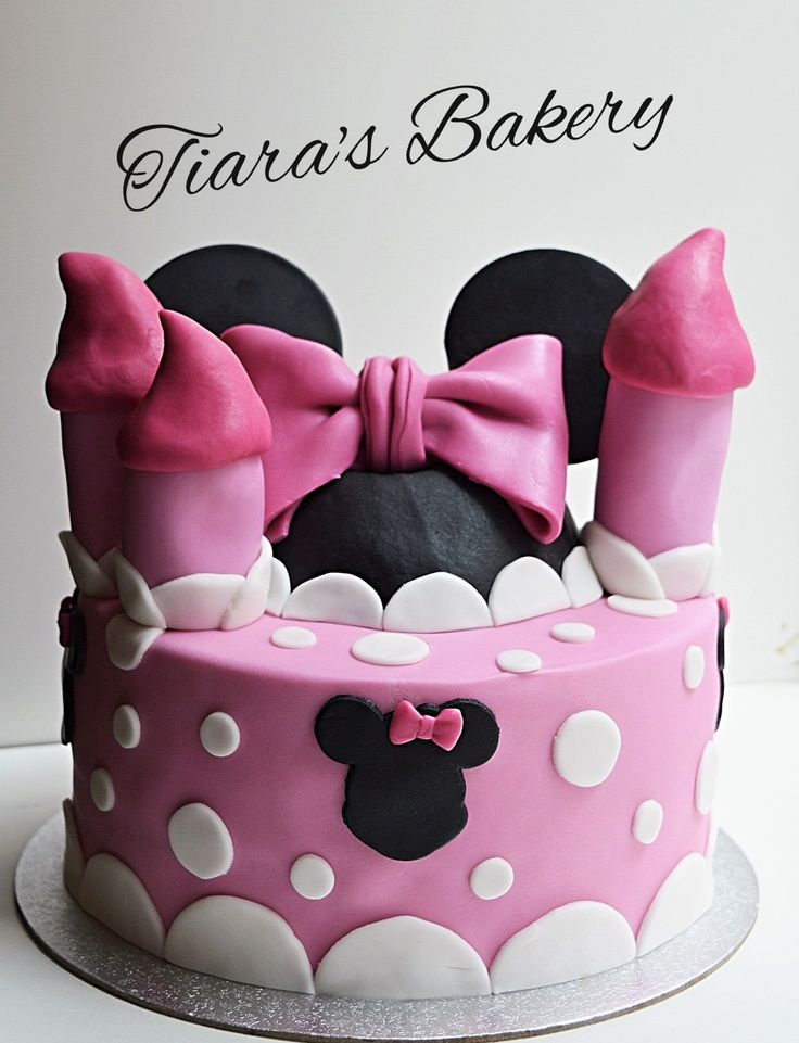 Minnie Mouse Cake, by Tiara's Bakery, Switzerland